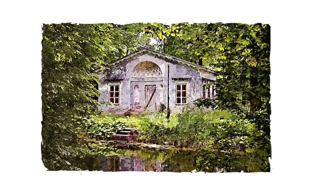 Cottage on Redbud Pond